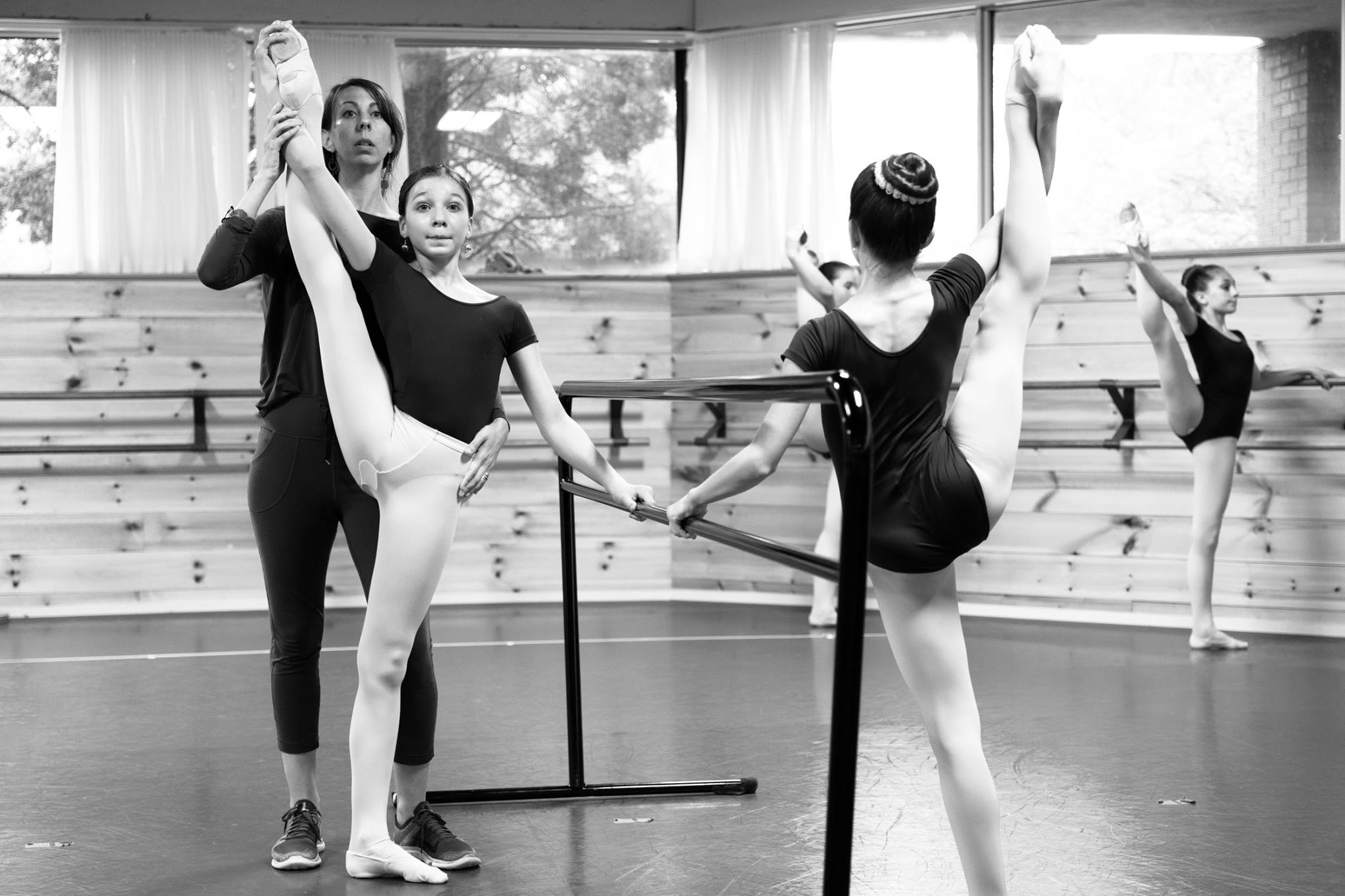 Shayne Mishoe in the Dance Studio Teaching 2018